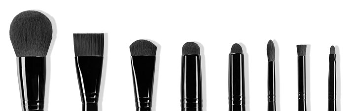 a design make-up brushes with Natrafil