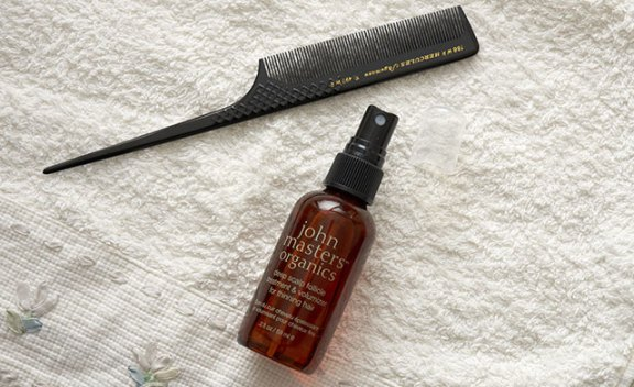John Masters organics Deep scalp treatment for your hair
